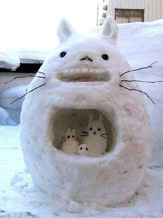 見事過ぎるトトロの雪だるま! - 世界の面白画像1000