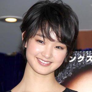 剛力彩芽顔に整形したがる女性が急増「ゴーリキちゃんみたいな顔にして」