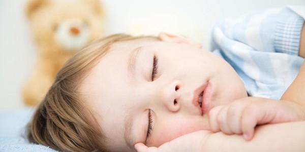 子供の寝付く際の癖ありますか?