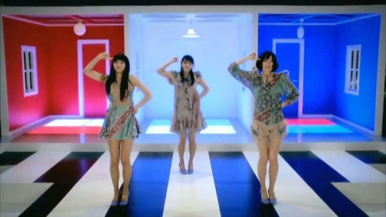 ワンルーム・ディスコ / Perfume - YouTube