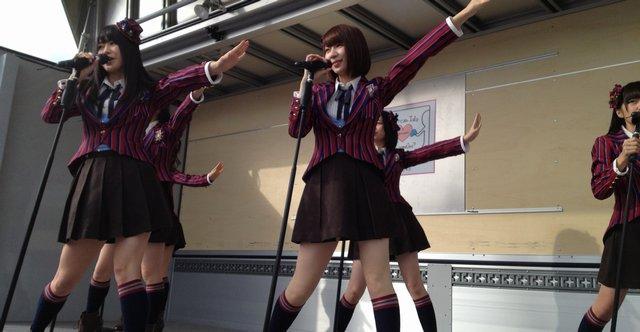 AKBの被災地訪問に地元から拒否反応 「追悼・供養の日にライブか」 : Gラボ [AKB48]