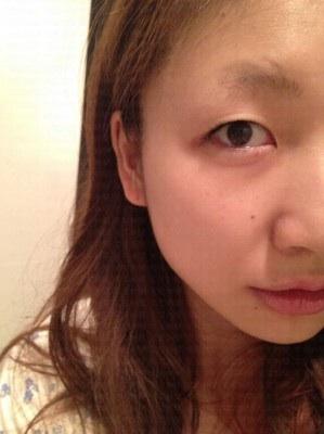 鈴木奈々、夫とすっぴんデート「地元デートなのでスッピンです。目を開けたら顔がヤバいのでつぶりました」