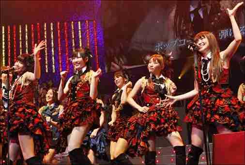 実は歓迎されていなかった? AKB48の復興訪問ライブ - ライブドアニュース