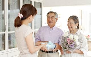 婚約者の親が酷い人だったら結婚やめますか?