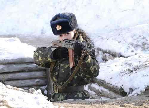 ウクライナの最も美しい女性兵士コンテスト