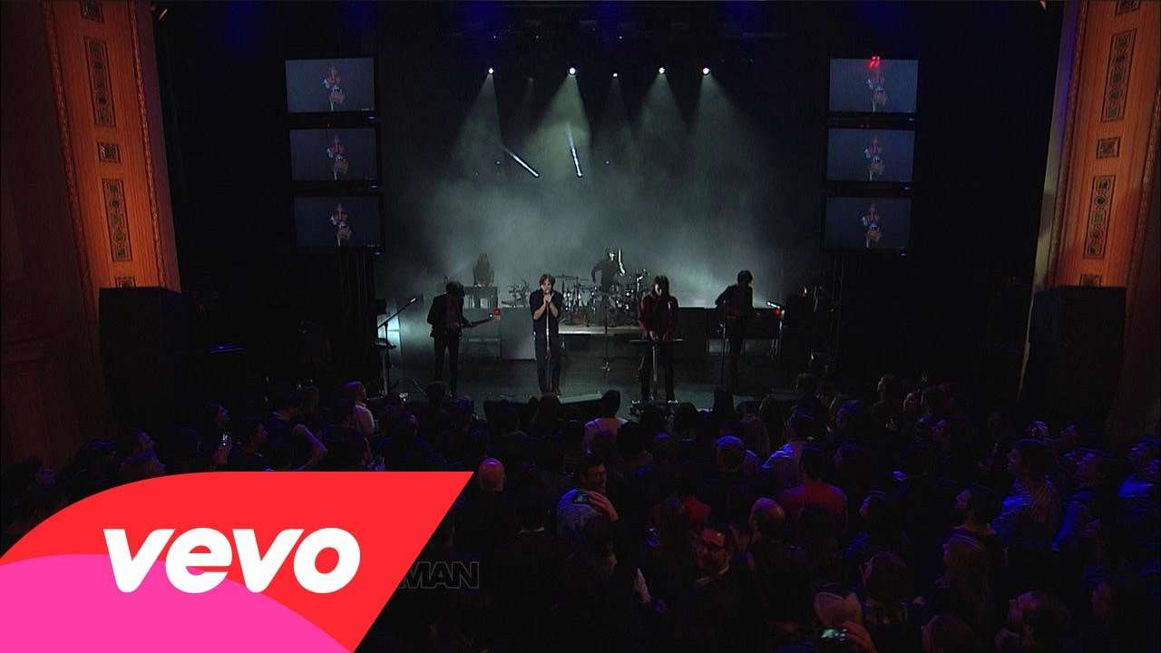 Phoenix - The Real Thing (Live on Letterman) - YouTube