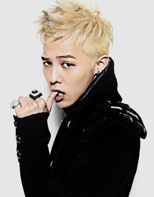 韓流グループ「BIGBANG」のG-DRAGONが、Twitterでとんでもないことをつぶやいている件