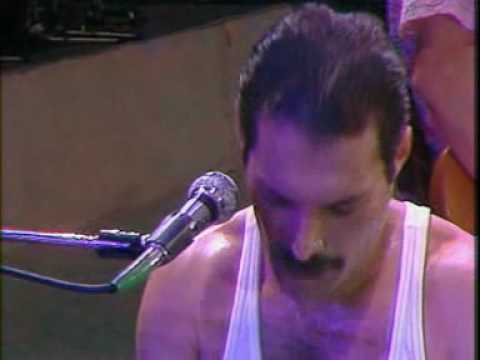 Queen - We Will Rock You and We Are The Champion (Live) - YouTube