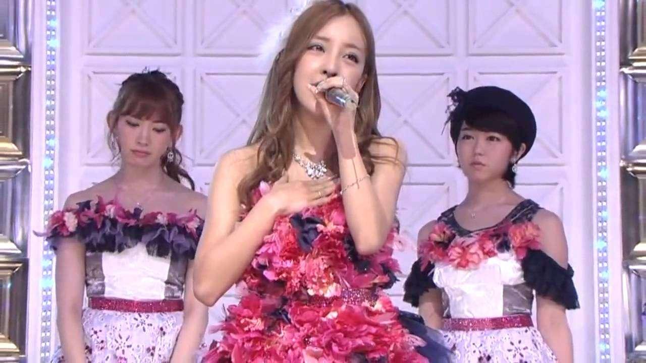 板野友美 卒業LIVE 「最後のドア」 生歌がヤバイと話題に - YouTube