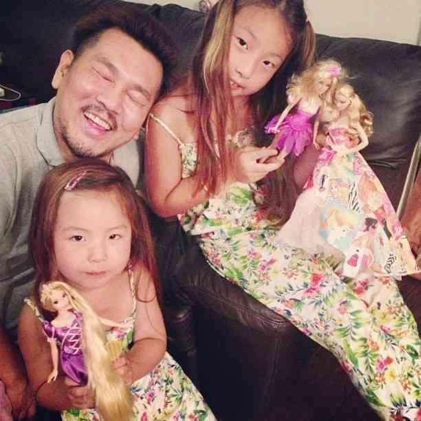木下優樹菜 美人姉と子供達のプリクラ公開「マジ美人」の声