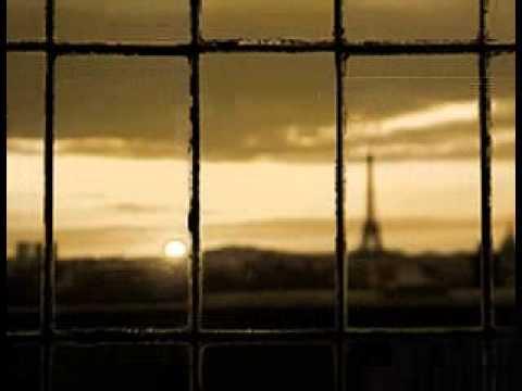 パリの散歩道 - YouTube