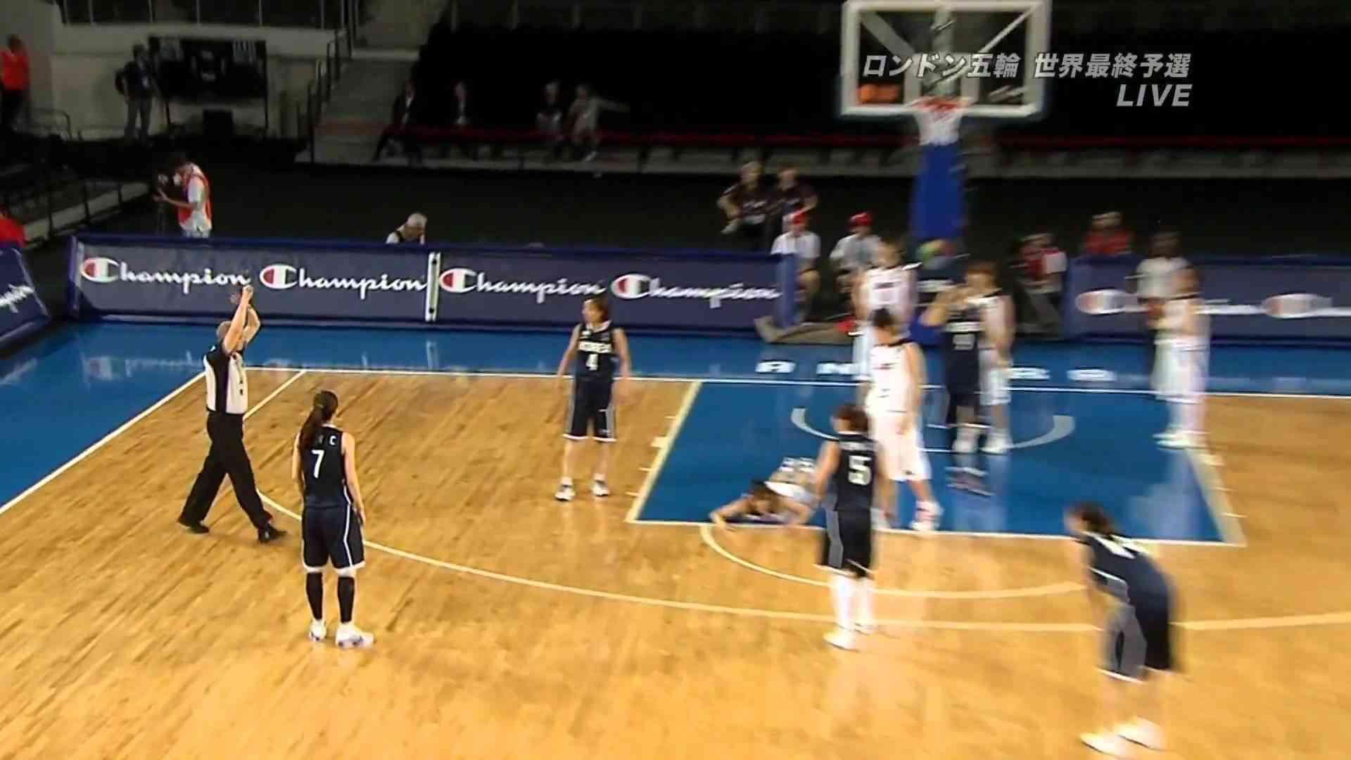 女子バスケ 日本vs韓国 韓国選手のラフプレー.mpg - YouTube