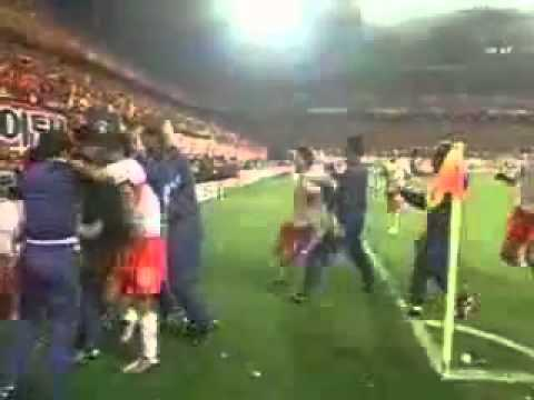 イタリアvs韓国の最低な試合 - YouTube