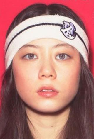 Chara&浅野忠信の長女SUMIRE、ファッション誌の専属モデルデビュー