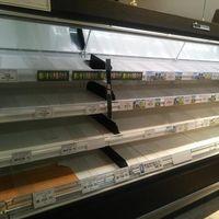 【画像集】東京都民、大雪の予報を受けて再び食料品を買い占め始めるwww - NAVER まとめ
