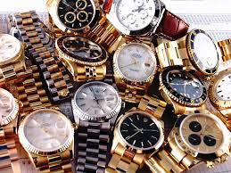 婚活の女、男性昏睡させ時計買う