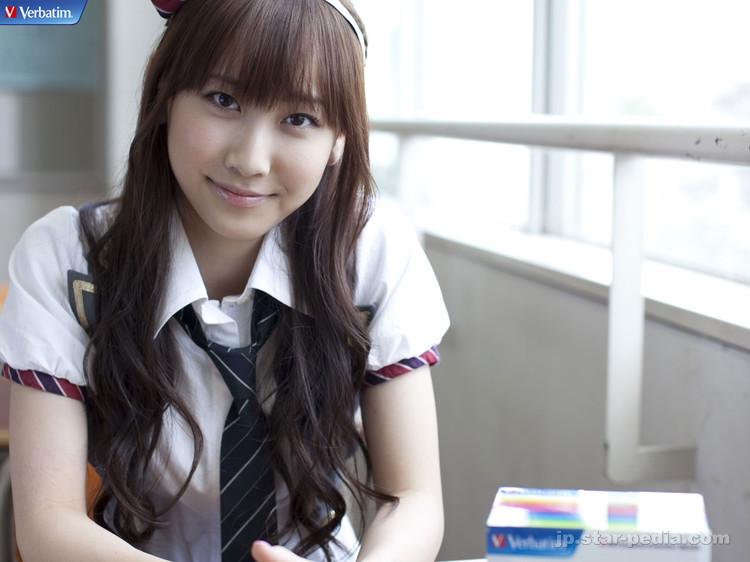 新垣結衣似の元AKB48仁藤萌乃がぶさいくwww