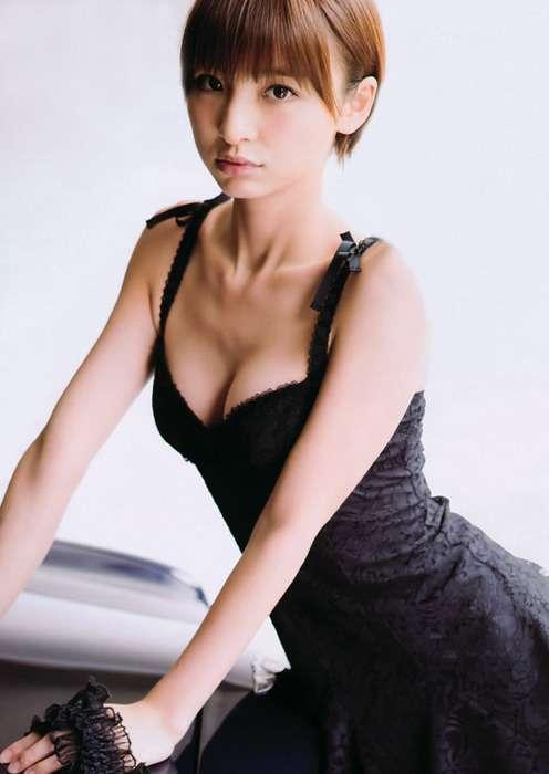 元AKB48篠田麻里子、ショートヘア「嫌だった」