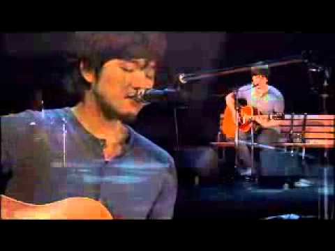 秦基博 トレモロ降る夜 ギター弾き語り - YouTube