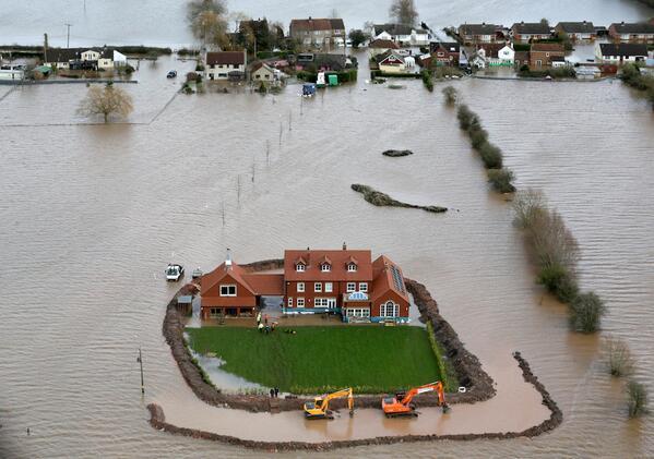 248年ぶりの大洪水…イギリスが大変なことになってた