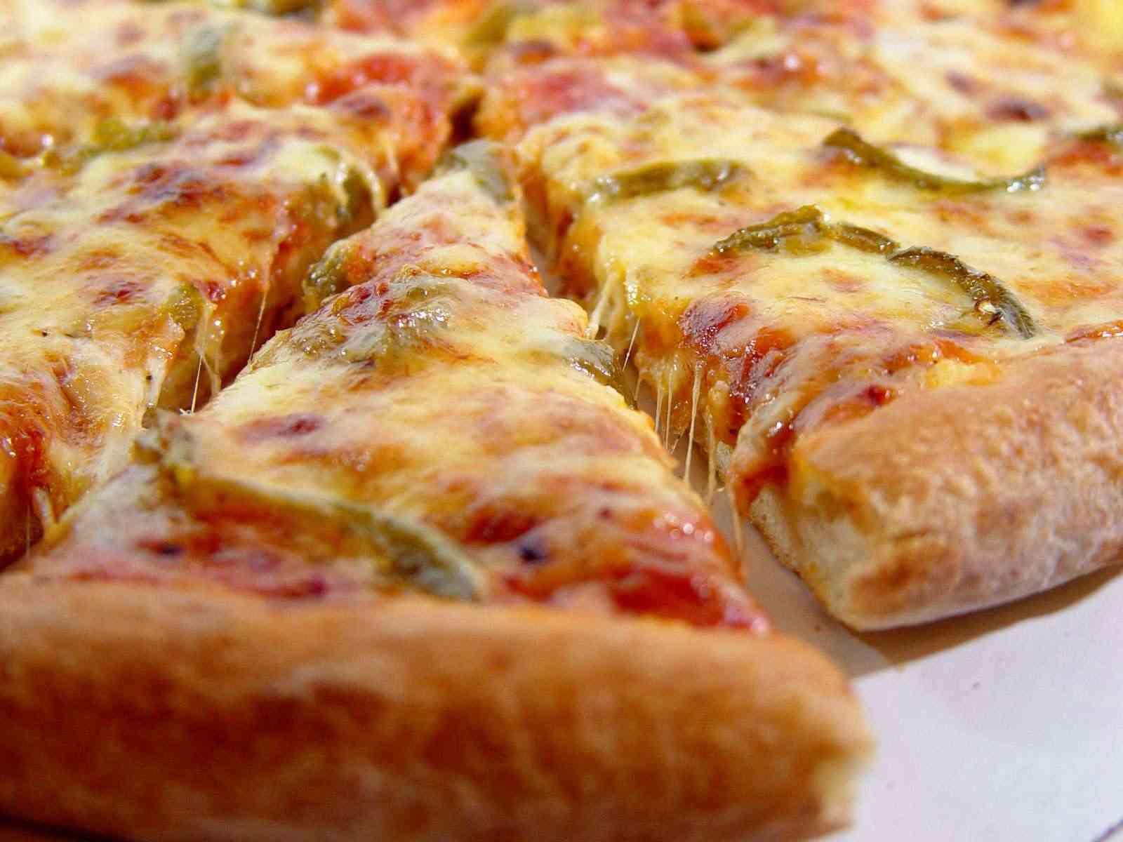 台風中にピザの宅配をする姿が大変そうすぎる件