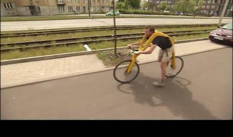 Tento bicykel by vám závideli aj Flinstonovci - TIVI.sk