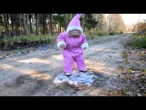 氷の上での初体験 - YouTube