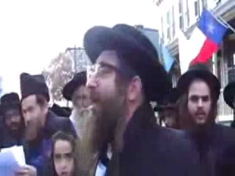 diffrence between a jew and a zionist - YouTube