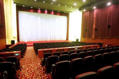 バレンタイン絶対阻止!映画館の奇数席を独身者が買い占め、中国 写真1枚 国際ニュース:AFPBB News