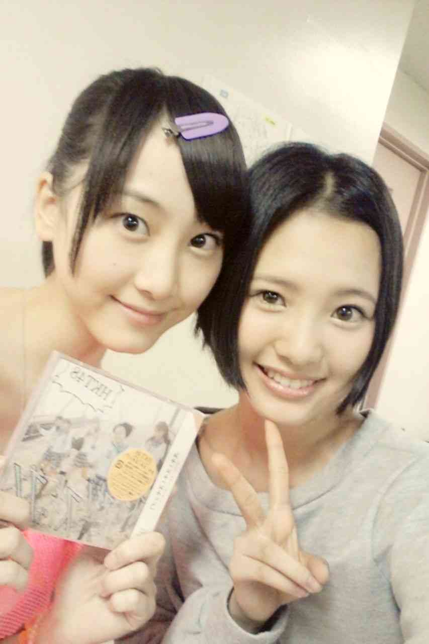 【腹筋vs腹ぽちゃ】SKE48松井玲奈とHKT48兒玉遥の対比が話題にww