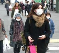「伊達マスク」すっぴん隠しで人気 ファッション化が拡大するマスク市場 (産経新聞) - Yahoo!ニュース