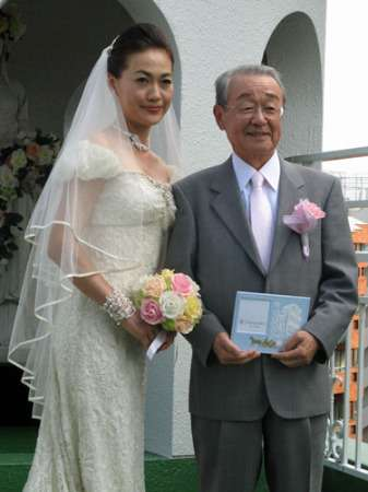 元TBSアナ山本文郎さん急死 73歳で31歳差再婚が話題に - ライブドアニュース