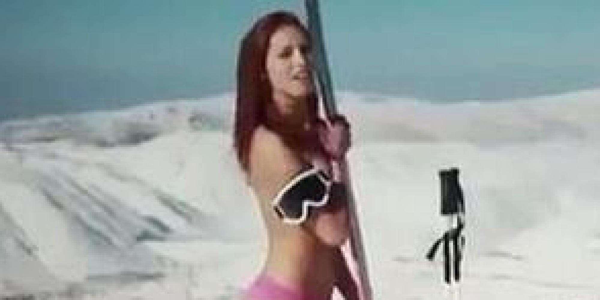 オリンピック選手のトップレス画像が流出 レバノンの若者たちが「脱ぐ」政治的理由 【画像集】