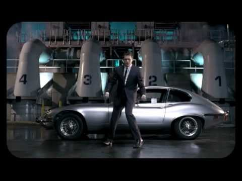 "Michael Bublé - ""Feeling Good"" [Official Music Video] - YouTube"