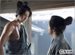 大河ドラマ『軍師官兵衛』視聴率低迷、最低を記録→NHK「岡田准一の裸を見せれば…」