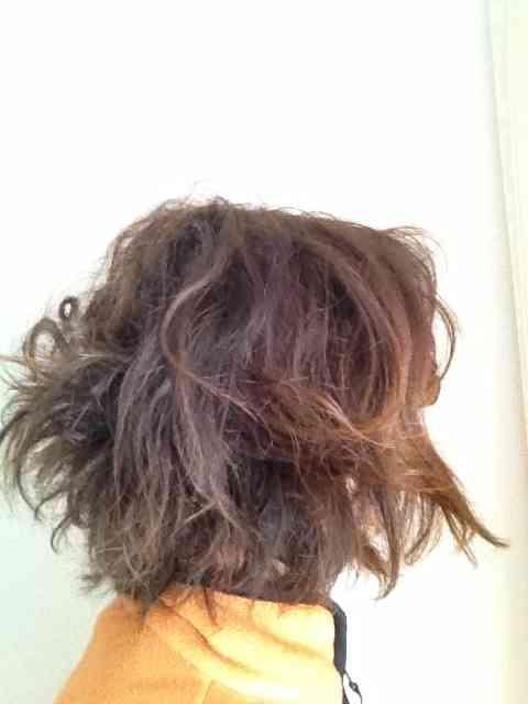 ミディアムヘアの方の寝ぐせ直し方法 | nanapi [ナナピ]