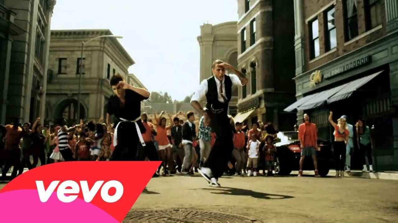 Chris Brown - Yeah 3x - YouTube