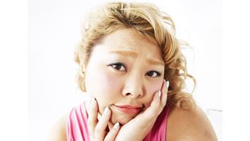 女性の間で増えるアルコール依存症…量を飲む人よ …
