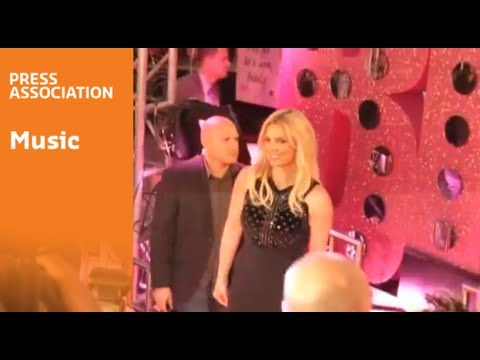 Britney Spears makes official Las Vegas entrance - YouTube