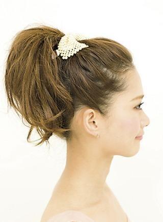 結婚式 髪型 結婚式 髪型 ng : 結婚式の髪飾りで大ヒンシュク ...