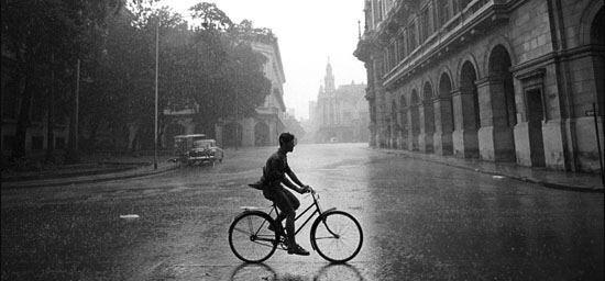 自転車通勤、通学の方、雨の日 ...