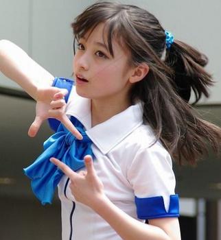 """""""1000年に1人の美少女""""橋本環奈、「anan」表紙に!←修正しすぎで顔が怖い…"""