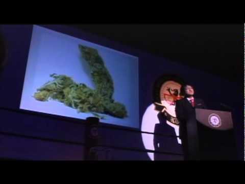 カンニング竹山 麻薬と覚せい剤を調べてキレ手 1 - YouTube