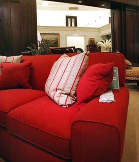 中国製ソファーで、皮膚病発症=欧州 - (大紀元)