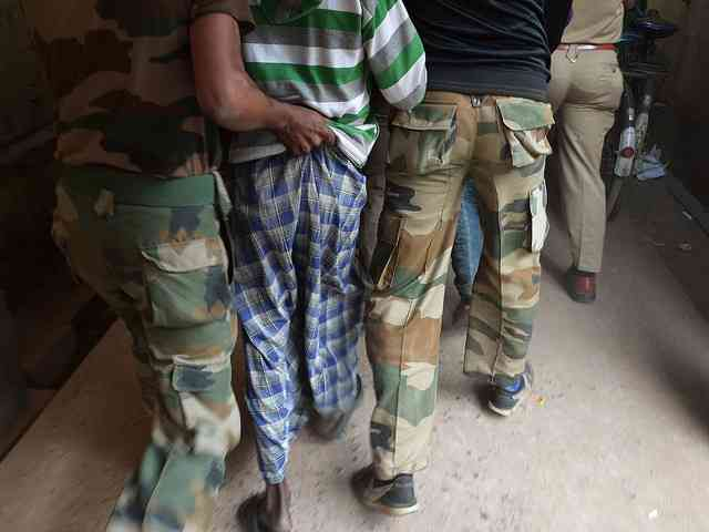 【インド】レイプ被害者の母親、加害者の父親らに暴行受け重体