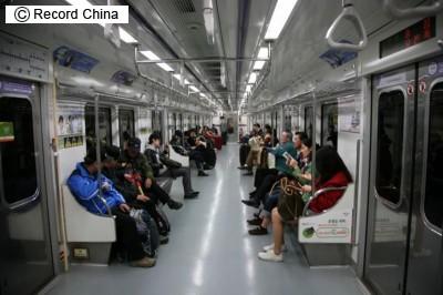 各国の盗撮に対する処罰、韓国は懲役5年、シンガポールは鞭打ち―シンガポール華字紙 - ライブドアニュース