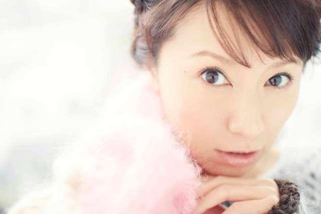 鈴木亜美、15周年記念シングルで小室哲哉と再びタッグ!