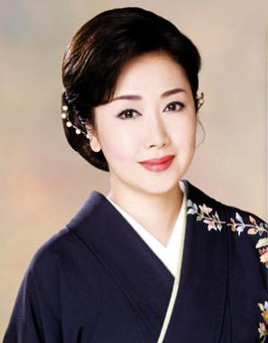 伍代夏子、当面ブログ閉鎖へ…画像の無断転載を謝罪「深く反省」