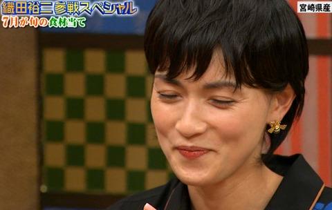 ガツガツ働く長谷川京子に業界内でささやかれるミョーな噂