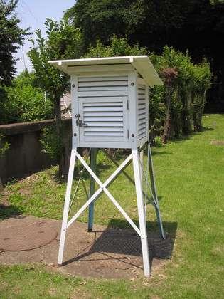 たびたび40度を超える群馬県館林市の温度計、気象庁に無届けで設置されていた
